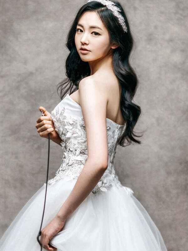 Kim Iseul 005